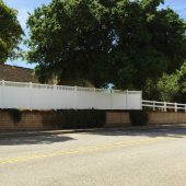 Hampton Style White vinyl fence - with ranch rail