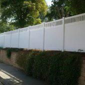 Hampton style - White Vinyl fence
